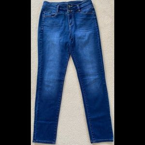Tinseltown Denim Couture Tapered Leg Jeans